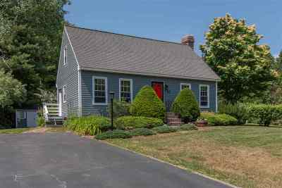 Merrimack Single Family Home For Sale: 37 Cramer Hill Rd