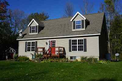 North Hero Single Family Home Active Under Contract: 728 Blockhouse Point Road