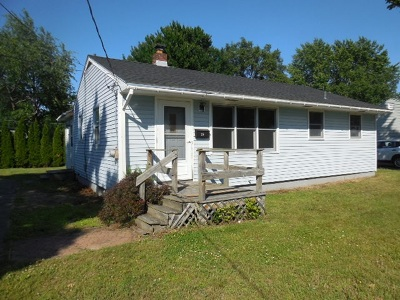 Chittenden County Single Family Home For Sale: 24 Wing Street