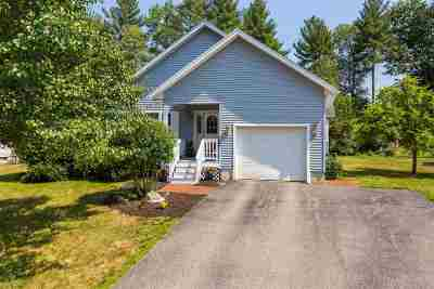 Newmarket Single Family Home For Sale: 25 Briallia Circle