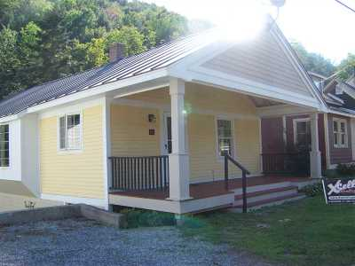 Addison County Single Family Home For Sale: 88 Route 125 Highway