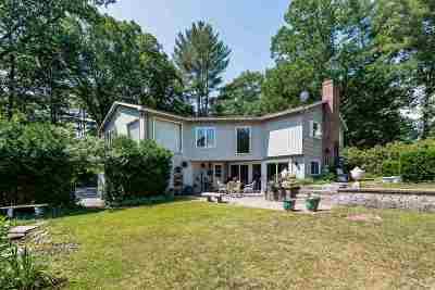 Hopkinton Single Family Home For Sale: 210 Amesbury Road
