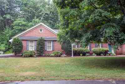 Merrimack Single Family Home Active Under Contract: 19 Merrymeeting Drive