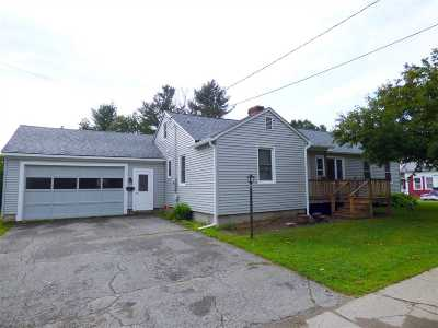 Orleans County Single Family Home For Sale: 363 Sias Avenue