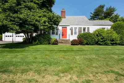 Strafford County Single Family Home For Sale: 8 Hull Avenue