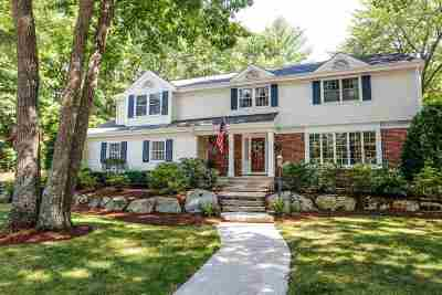 Manchester Single Family Home For Sale: 495 Crestview Circle