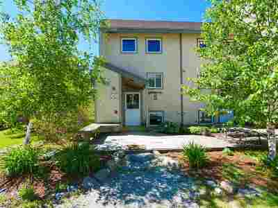 Cambridge Condo/Townhouse Active Under Contract: 4323 Vt 108 South Highway #Commons