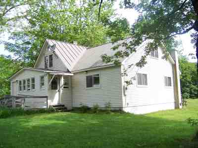 Addison County Single Family Home For Sale: 5392 Vt Rte 100 Highway