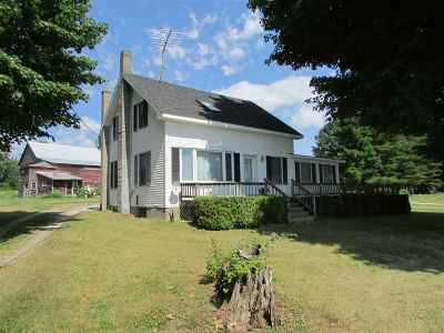 Isle La Motte Single Family Home For Sale: 1227-A East Shore Road
