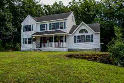 Amherst Single Family Home For Sale: 29 Merrimack Road