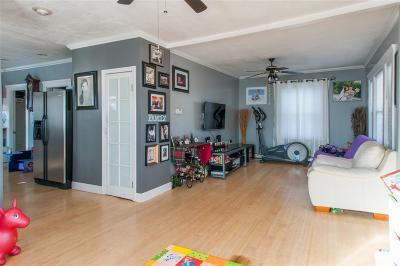 Nashua Single Family Home For Sale: 587 S Main Street