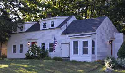 Strafford County Single Family Home For Sale: 558 Silver Street