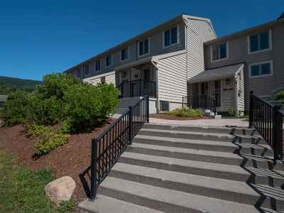 Cambridge Condo/Townhouse For Sale: 7 Poolside At Smugglers' Notch Resort Drive #7