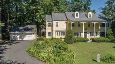 Nashua NH Single Family Home For Sale: $540,000