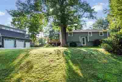 Merrimack Single Family Home For Sale: 9 Pilgrim Avenue