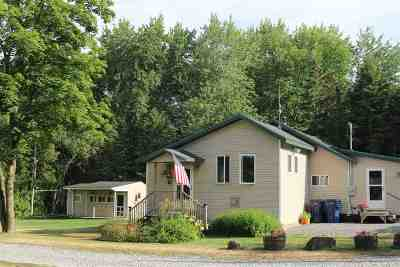 St. Albans Town VT Single Family Home For Sale: $219,000