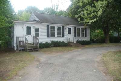 Derry Single Family Home For Sale: 4 Kendall Pond Road
