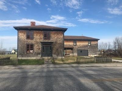 Grand Isle County Single Family Home For Sale: 382 South Main Street