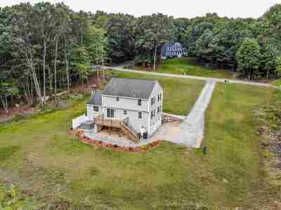 Merrimack Single Family Home For Sale: 7 Windsor Drive