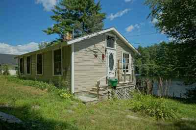 Nottingham Single Family Home For Sale: 19 Seaman's Point Road