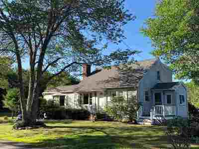 Somersworth Single Family Home For Sale: 17 Rocky Hill Road