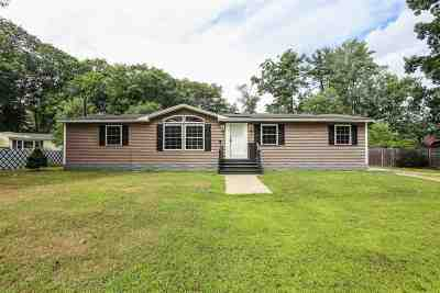 Salem Single Family Home For Sale: 7 Play Camp Road