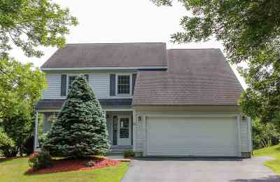 South Burlington Single Family Home For Sale: 30 Lupine Lane