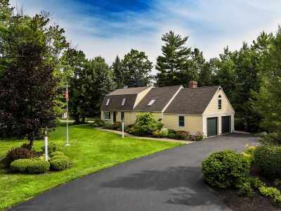 Laconia Single Family Home For Sale: 13 Drummer Trail
