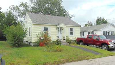 Manchester Single Family Home For Sale: 884 Dix Street