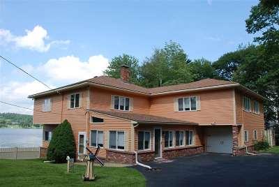 Salem Single Family Home For Sale: 24 Captains Drive