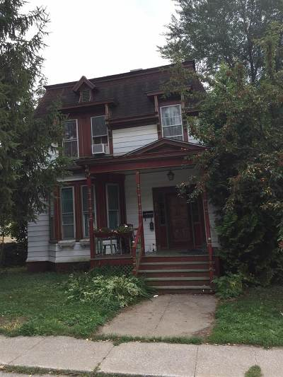St. Albans City Single Family Home Active Under Contract: 28 Ferris Street Street