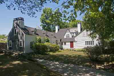 Merrimack County Single Family Home For Sale: 573 Gould Hill Road