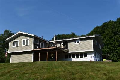 Waterbury Single Family Home For Sale: 215 Beaver Pond Road