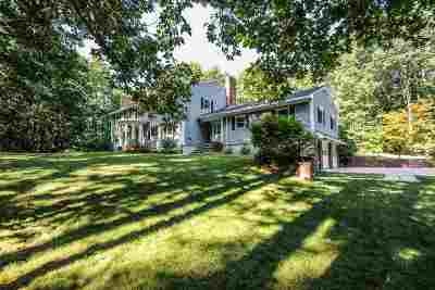 Bedford Single Family Home For Sale: 207 Liberty Hill Road