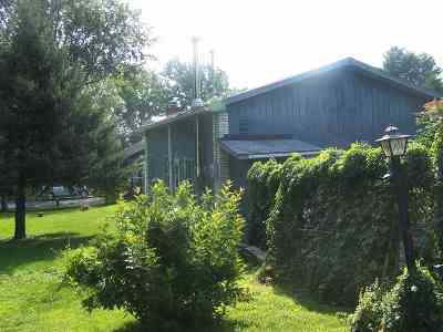Alburgh Single Family Home Active Under Contract: 9 Anick Avenue