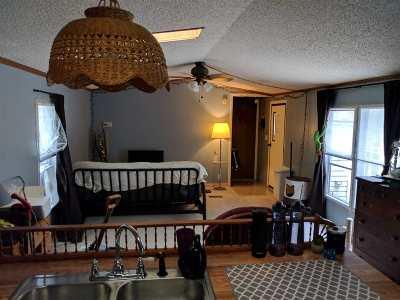 Tilton Single Family Home For Sale: 33 Quinn Street