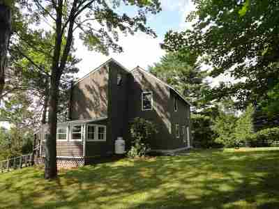 Haverhill NH Single Family Home For Sale: $149,900