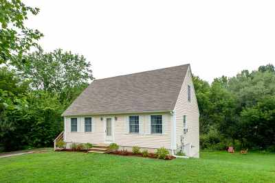 Strafford County Single Family Home For Sale: 17 Cobble Hill Drive #10