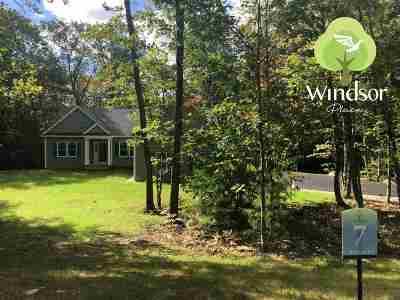 Epsom Single Family Home For Sale: 7 Windsor Road #4-7