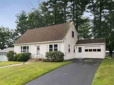 Nashua Single Family Home For Sale: 16 Holly Drive