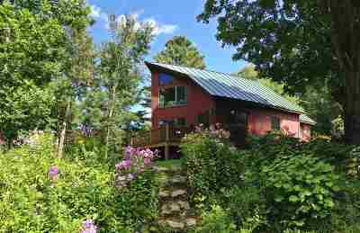 Orleans County Single Family Home For Sale: 300 Heermanville Road