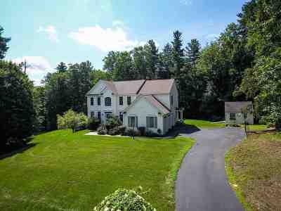 Bedford Single Family Home For Sale: 32 Barr Farm Road