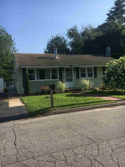 Manchester Single Family Home For Sale: 104 Ward Street