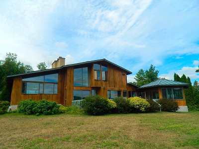 Chittenden County Single Family Home For Sale: 5111 Oak Hill Road