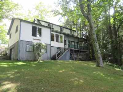Orleans County Single Family Home For Sale: 30 Foster Grove South Road