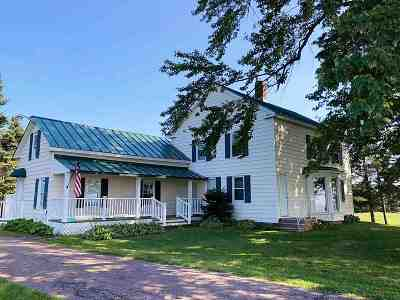 New Haven Single Family Home For Sale: 3378 Ethan Allen Highway