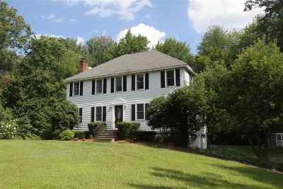 Londonderry Single Family Home For Sale: 4 Nutfield Drive