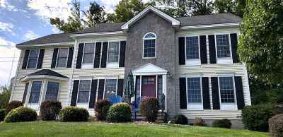 Salem Single Family Home For Sale: 18 Hitching Post Lane