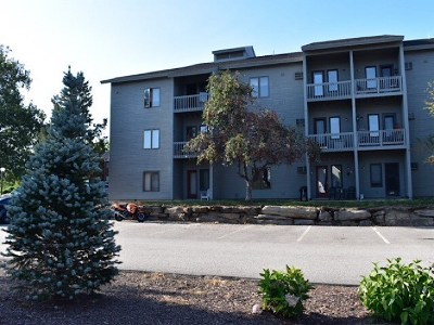 Derry Condo/Townhouse Active Under Contract: 5 Tsienneto Road #184