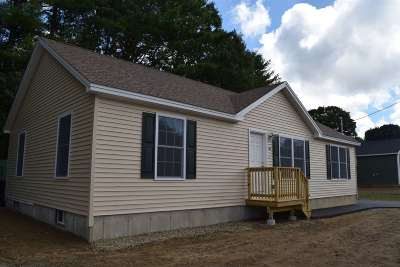 Rochester Single Family Home For Sale: 294 Salmon Falls Road